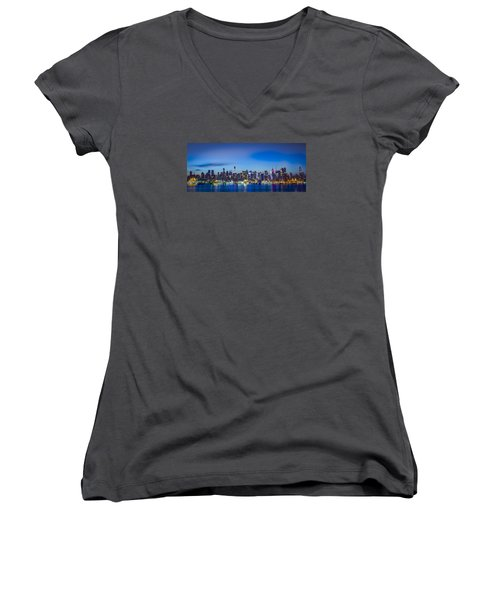 Skyline Nyc Before Sunrise Women's V-Neck