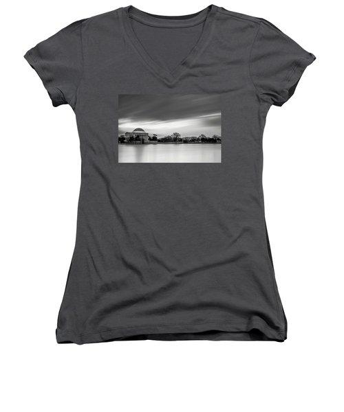 Sleeping Giant Women's V-Neck T-Shirt