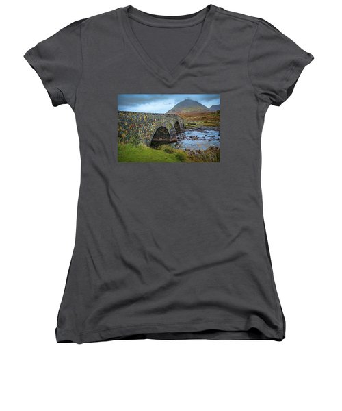 Sligachan Bridge View #h4 Women's V-Neck