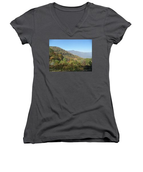 Smokies 11 Women's V-Neck (Athletic Fit)