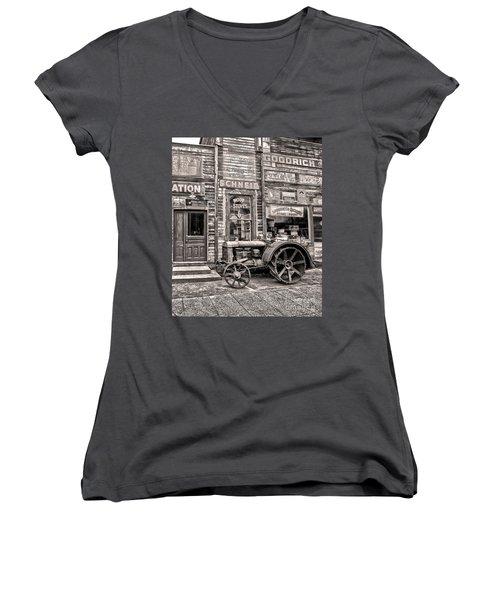 Snohomish Antiques Women's V-Neck T-Shirt (Junior Cut) by Sonya Lang