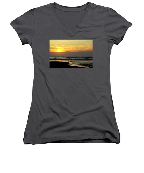Solo Sunset On The Beach Women's V-Neck (Athletic Fit)