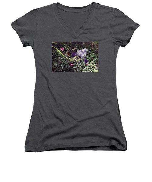 Spring 2016 17 Women's V-Neck T-Shirt (Junior Cut) by Cendrine Marrouat