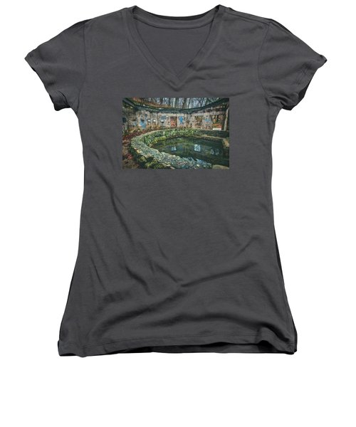 Spring House 2 - Paradise Springs - Kettle Moraine State Forest Women's V-Neck T-Shirt (Junior Cut) by Jennifer Rondinelli Reilly - Fine Art Photography