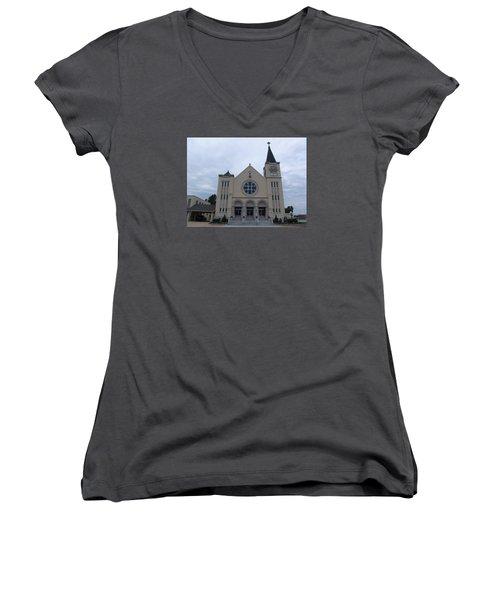 St Pius X Catholic Church Women's V-Neck T-Shirt
