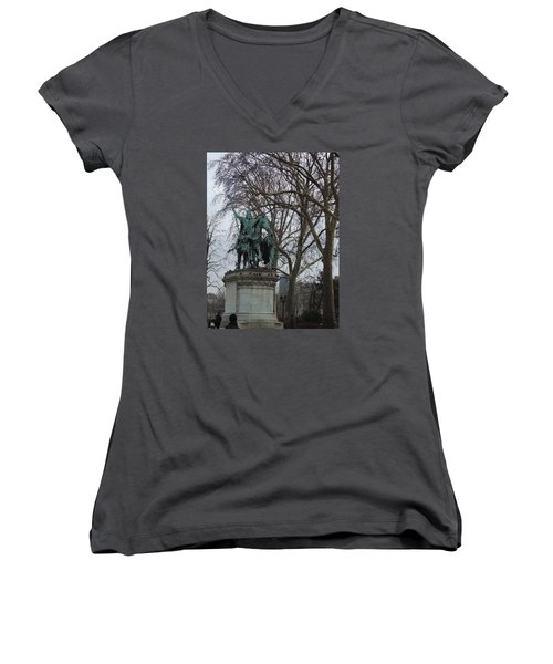Statue At Notre Dame Women's V-Neck T-Shirt