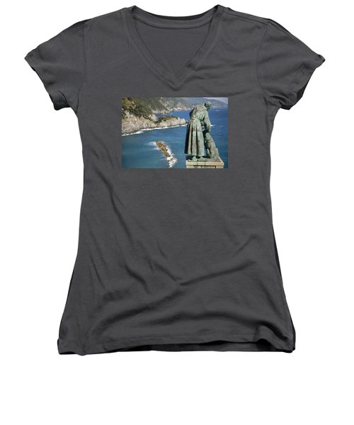 Statue Of Saint Francis Of Assisi Petting A Dog  Women's V-Neck