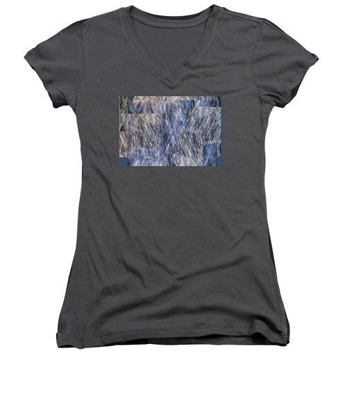 S T E L L A - Women's V-Neck T-Shirt