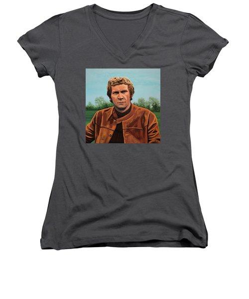 Steve Mcqueen Painting Women's V-Neck T-Shirt (Junior Cut) by Paul Meijering