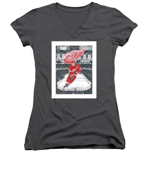 Steve Yzerman  Women's V-Neck T-Shirt