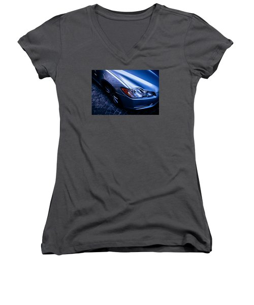 Street Contrasts Women's V-Neck (Athletic Fit)