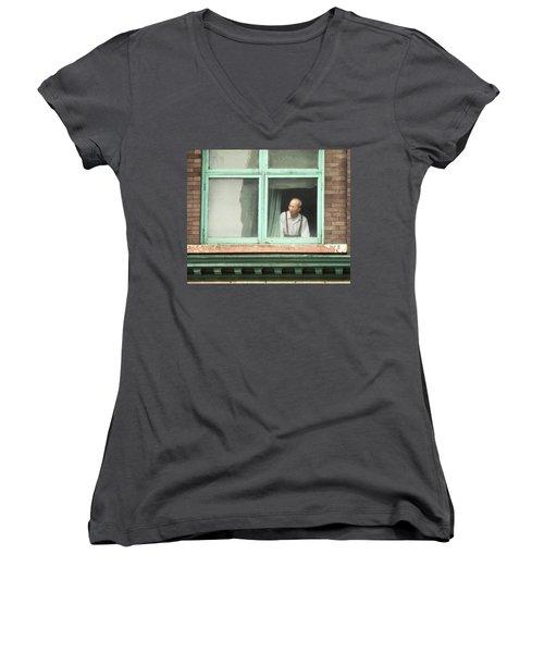 Street View Women's V-Neck T-Shirt