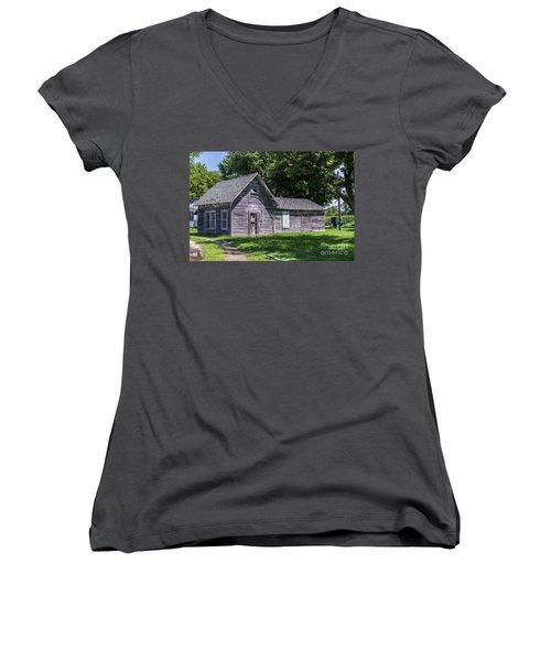 Sullender's Store Women's V-Neck T-Shirt