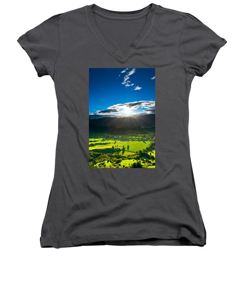 Sunrays Flood Farmland During Sunset Women's V-Neck T-Shirt (Junior Cut) by Ulrich Schade
