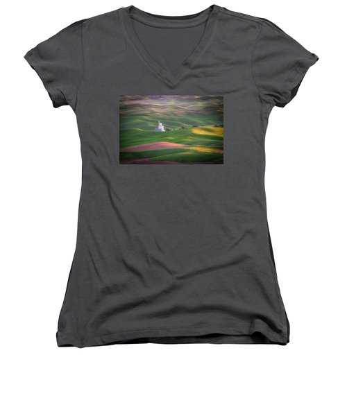 Sunrise From Steptoe Butte. Women's V-Neck