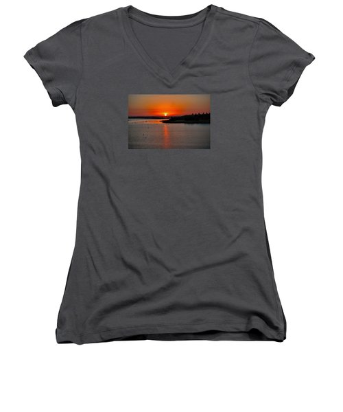 Women's V-Neck T-Shirt (Junior Cut) featuring the photograph Sunrise Over Lake Ray Hubbard by Diana Mary Sharpton