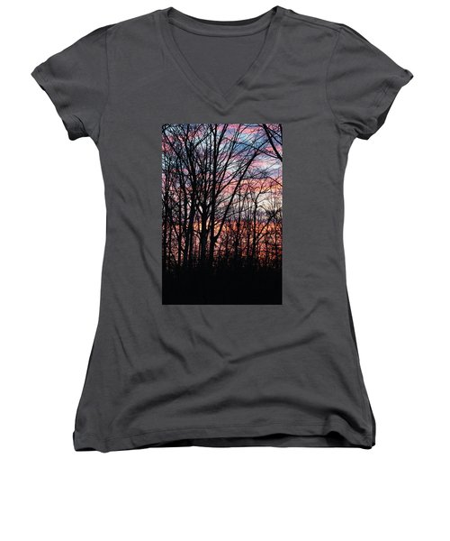 Sunrise Silhouette And Light Women's V-Neck (Athletic Fit)