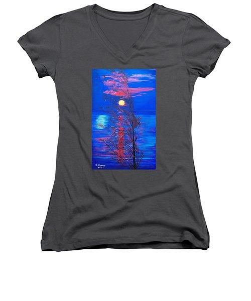 Sunrise Silhouette Women's V-Neck T-Shirt