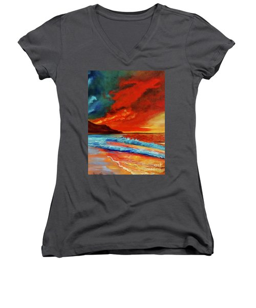 Sunset Hawaii Women's V-Neck T-Shirt (Junior Cut)