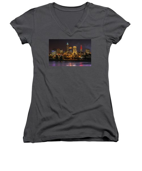 Super Moon 2016 Over Cleveland Women's V-Neck