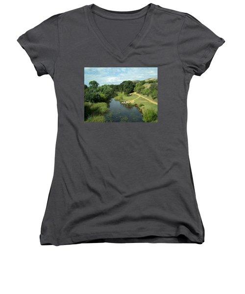 Tasmanian Landscape Women's V-Neck T-Shirt