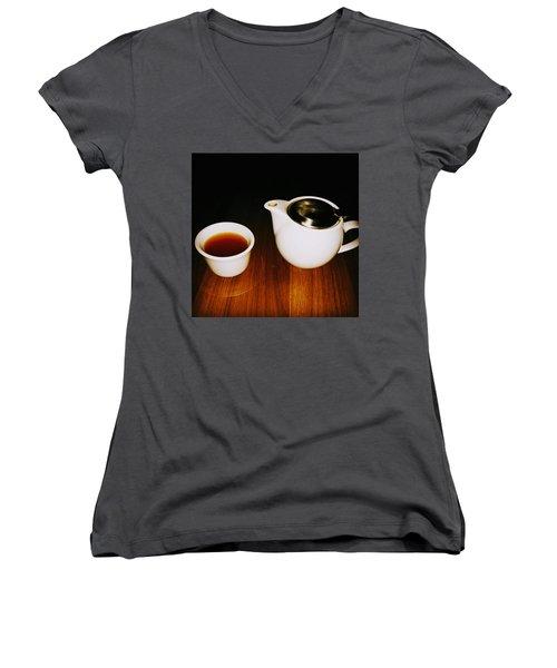 Tea-juana Women's V-Neck T-Shirt