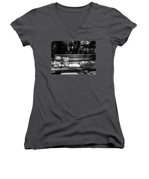 Teddy Bear Lovers On The Bench Women's V-Neck T-Shirt (Junior Cut) by Yoel Koskas