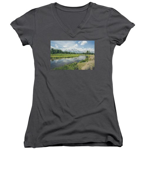 Teton Reflections Women's V-Neck
