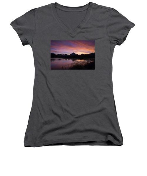 Teton Sunset Women's V-Neck