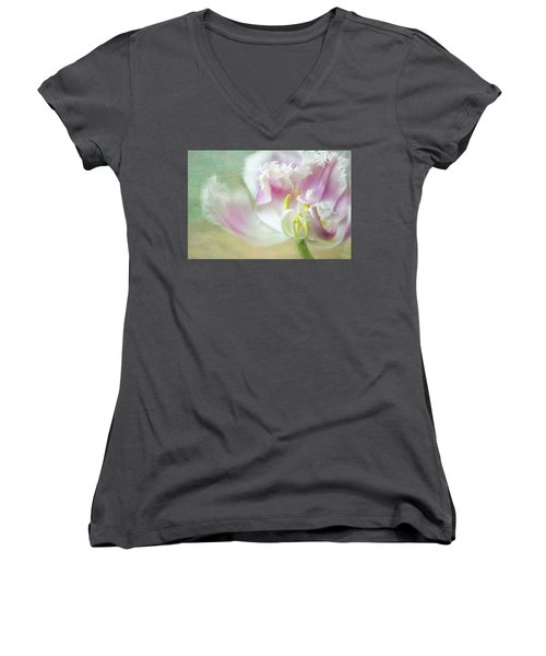 Textured Tulip Women's V-Neck (Athletic Fit)