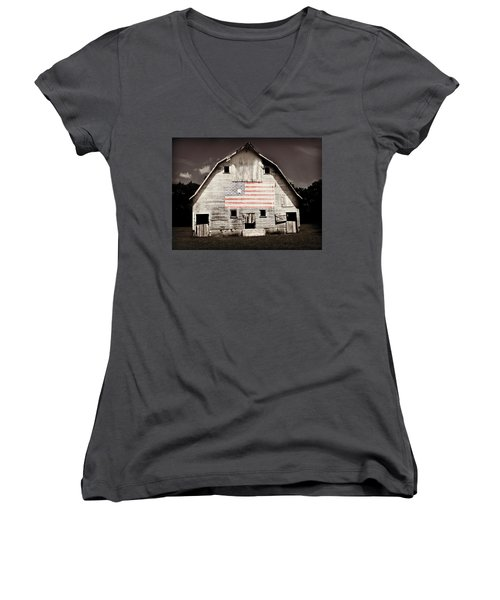 The American Farm Women's V-Neck T-Shirt (Junior Cut) by Julie Hamilton
