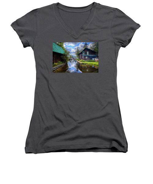 Women's V-Neck T-Shirt featuring the photograph The Channel At Palmer Point by David Patterson