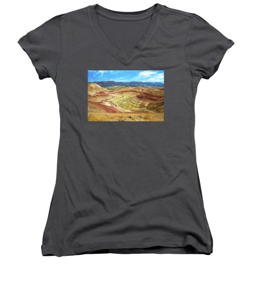 The Colorful Painted Hills In Eastern Oregon Women's V-Neck T-Shirt