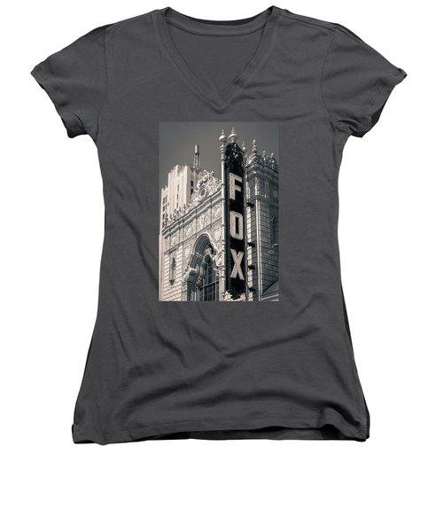 The Fox Women's V-Neck (Athletic Fit)