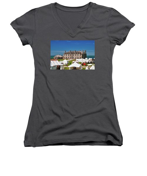 The French Castle 6709 Women's V-Neck