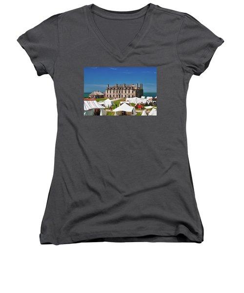 The French Castle 6709 Women's V-Neck