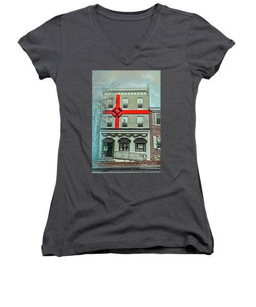 The Gift Of Jewelry And Art Women's V-Neck (Athletic Fit)