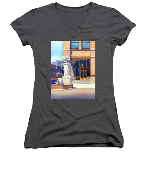 The Hudson Women's V-Neck