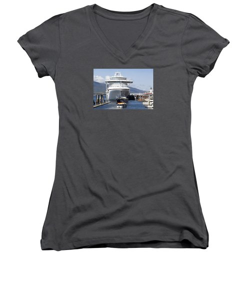The Little, The Big And The Grand Women's V-Neck T-Shirt