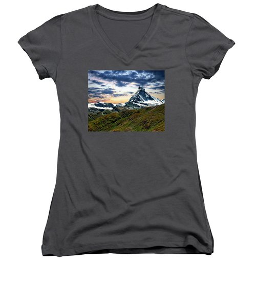The Matterhorn Women's V-Neck