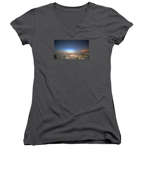 The Ocean Desert Women's V-Neck