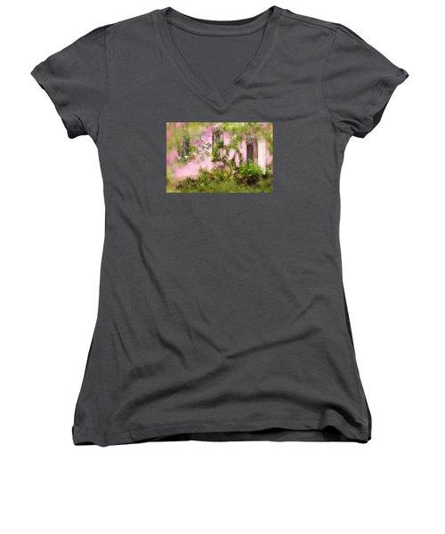 The Olde Pink House In Savannah Georgia Women's V-Neck T-Shirt (Junior Cut) by Carla Parris
