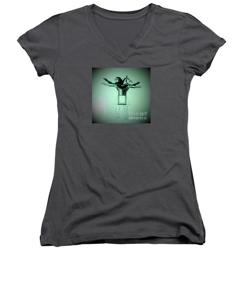 The Perfect Circling Of Your Square Women's V-Neck T-Shirt