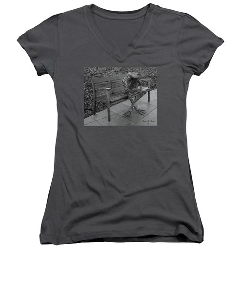 The Thinking Frog Women's V-Neck (Athletic Fit)