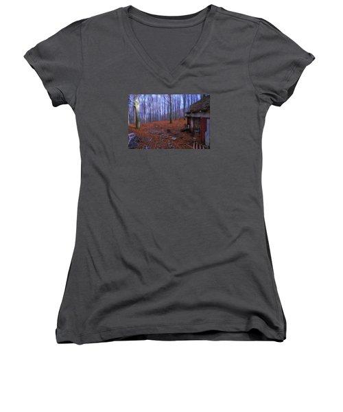 The Wood A La Magritte - Il Bosco A La Magritte Women's V-Neck