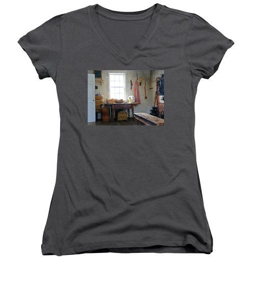 This 'ol Kitchen Women's V-Neck (Athletic Fit)