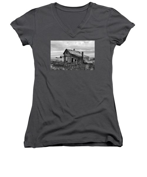 Women's V-Neck T-Shirt (Junior Cut) featuring the photograph This Old House by Jim Walls PhotoArtist