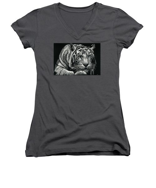Tiger Pause Women's V-Neck