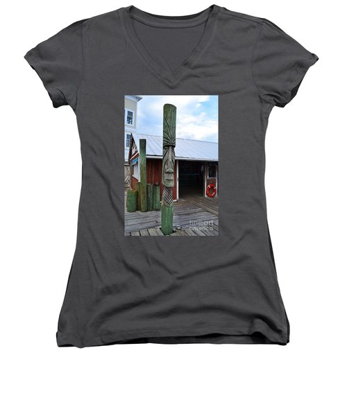 Tiki American Fish Company Women's V-Neck T-Shirt
