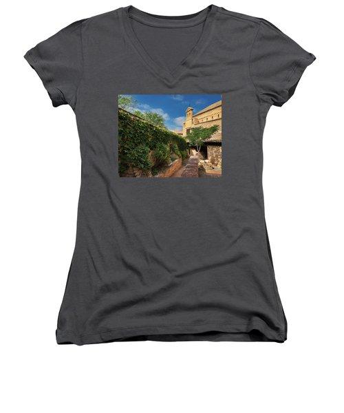 Toledo Courtyard Women's V-Neck (Athletic Fit)